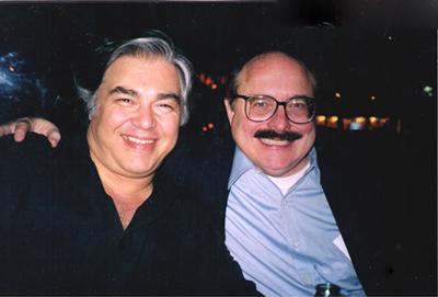 Aarron Russo (лијево) i Rockefella (десно)