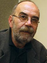 Љубомир КЉАКИЋ, политиколог и публициста