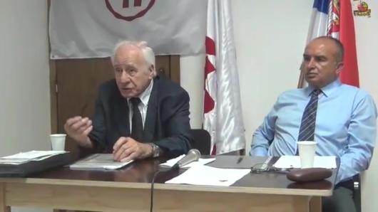 Учесници трибине проф. др Слободан Комазец и економиста Драган Радовић