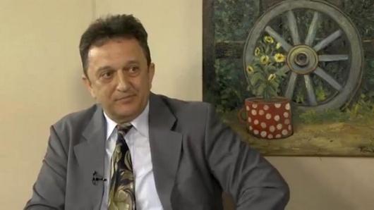 Зоран Тасић - Судски вештак и ревизор, и поред 2 покушаја атентата наставља борбу против банкарске мафије и државног органзованог криминала, пљачке грађана и привреде